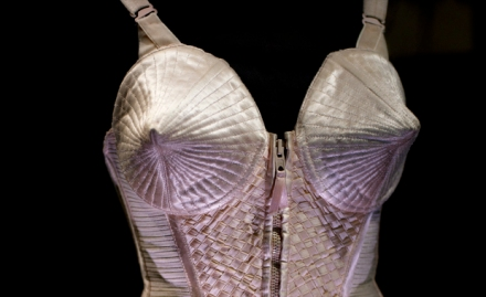 Featured Image Corset